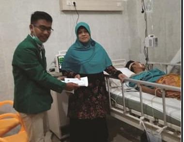 STAIN Care Bantu Korban Kecelakaan Mahasiswa