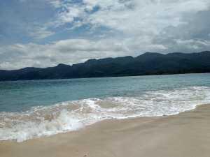 Keelokkan Sisi Pantai Malaumkarta, Makbon Sorong