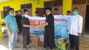 Pengurus APPS Kota Sorong Serahkan Donasi Solidaritas Bagi Warga Terdampak Covid-19