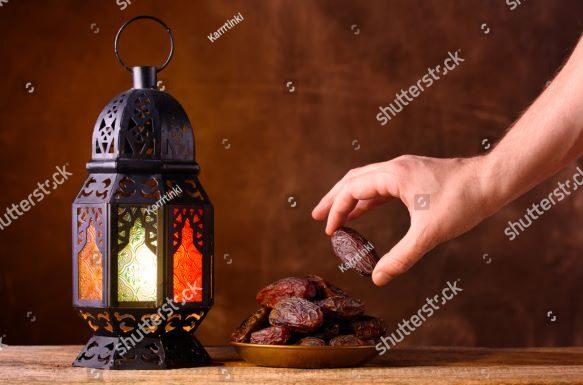 Menuju Hari-hari Terakhir di Sepertiga Ramadhan, Pemaknaan Tradisi Keberagamaan